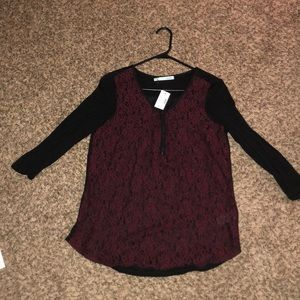Brand new! Lace maroon quarter sleeve top!